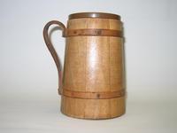 Drinking vessel, image c